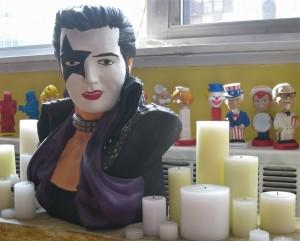 elvis-presley-paul-stanley-candle-altar