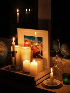 hurricane-sandy-candle-light