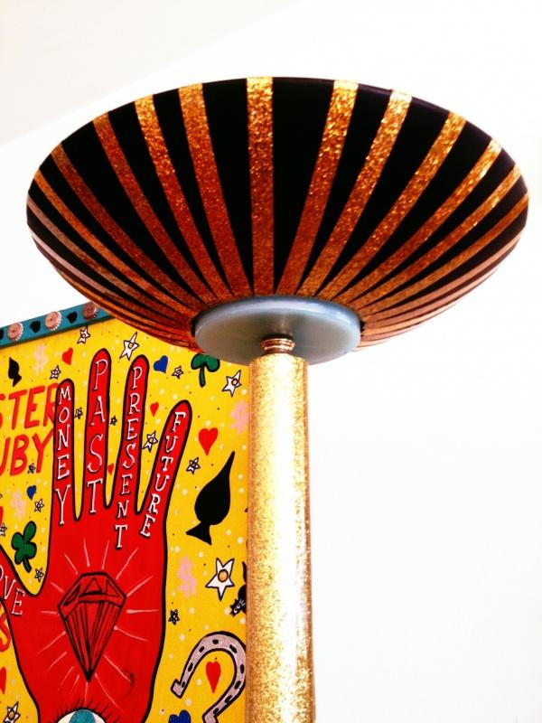 gold-glitter-lamp-shade-diy-craft