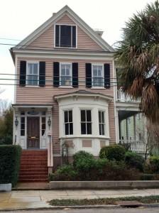 charleston-south-carolina-rose-painted-house
