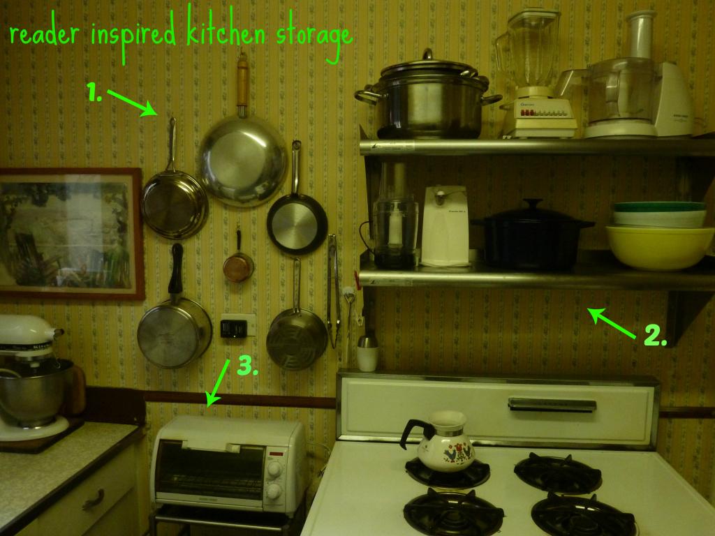 kitchen-organization-based-jewelry-wall-display