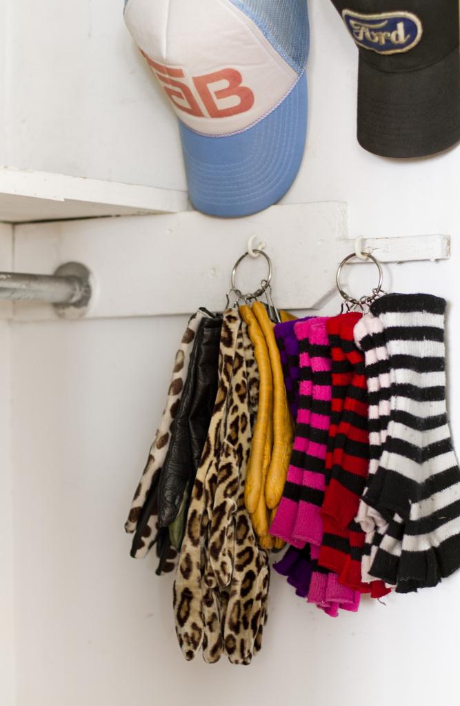 glove-organization-coat-closet